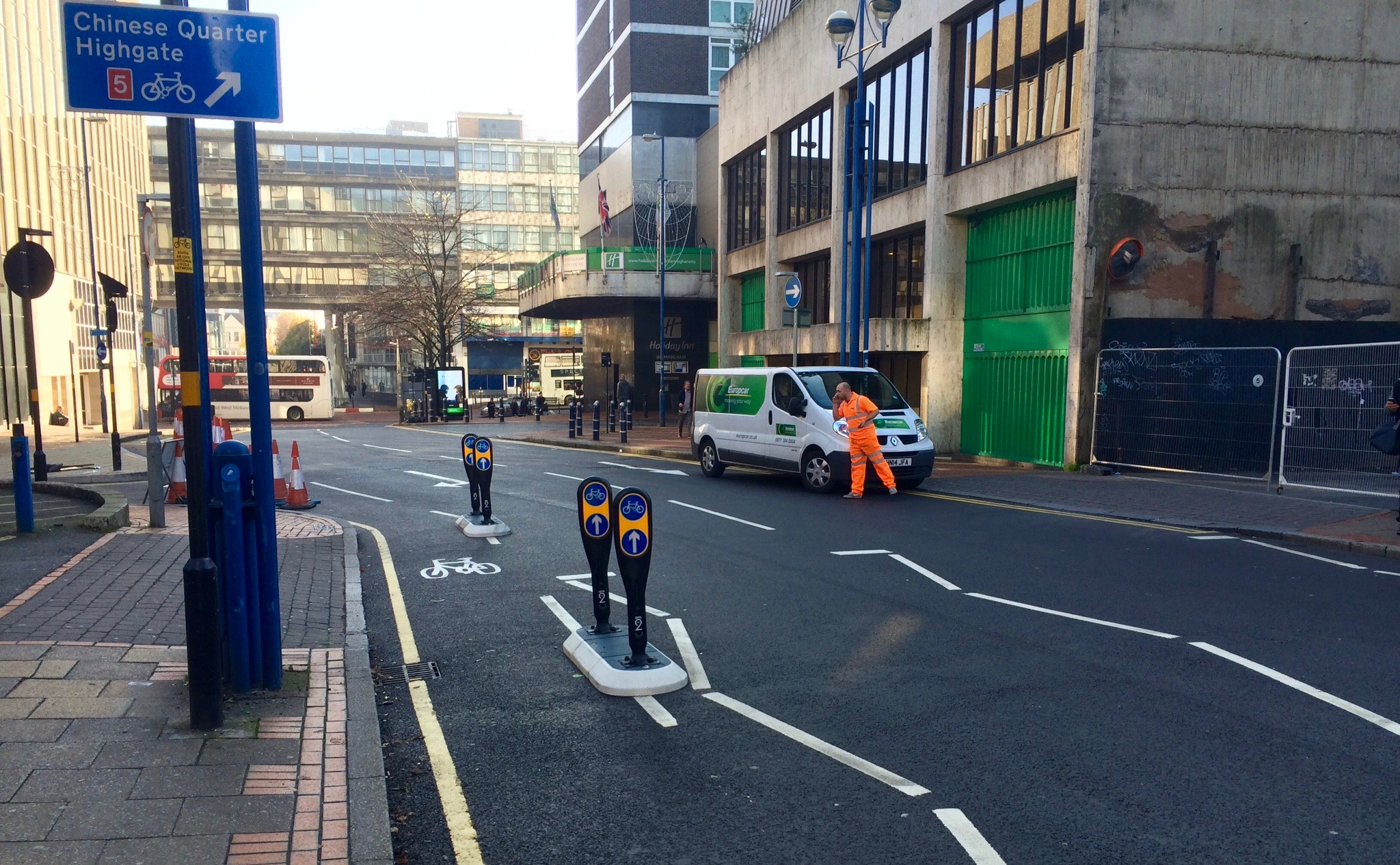 Protection of the cycle lane at the car park entrance on Hill Street