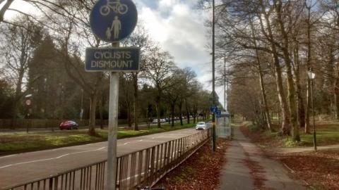 Shared use pavement on Bristol Road