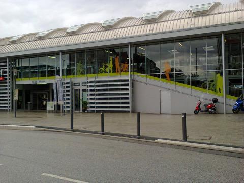 Cycle facilities at Kiel station, Germany