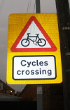 Cyclists crossing sign